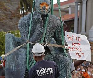 Cecil-John-Rhodes-statue--009.jpg