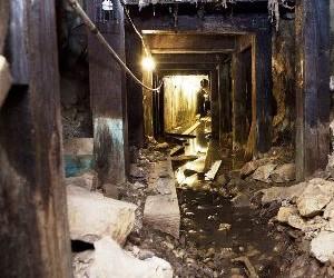 Mine shaft.jpg